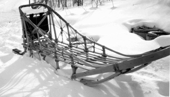 medium basket sled